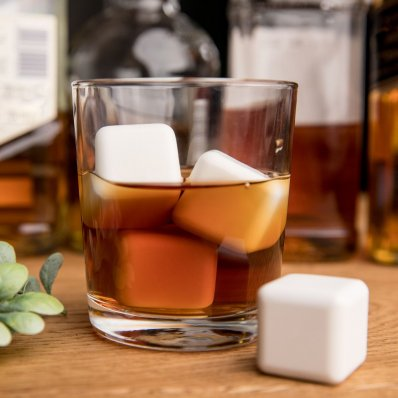 Ceramiczne Kostki Do Drinków - doskonale chłodzą i nie rozcieńczają trunku