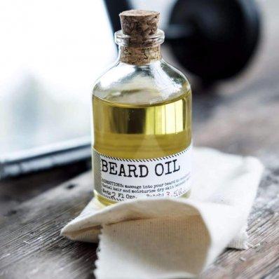 Olejek do brody Men's Society - niweluje uczucie swędzenia, dba o brodę i skórę, organiczny.