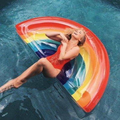 Smakowity Materac - wybierz swoją ulubioną formę relaksu na wodzie :)