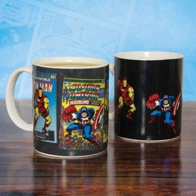 Kubek Marvel Avengers Wrażliwy Na Ciepło - po zalaniu wrzątkiem pojawiają się komiksy