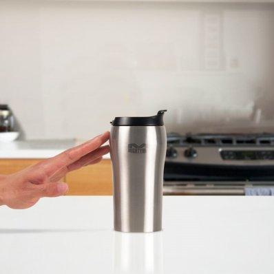 Kubek termiczny Mighty Mug Mini SS - kompaktowa forma nieprzewracalnego kubka