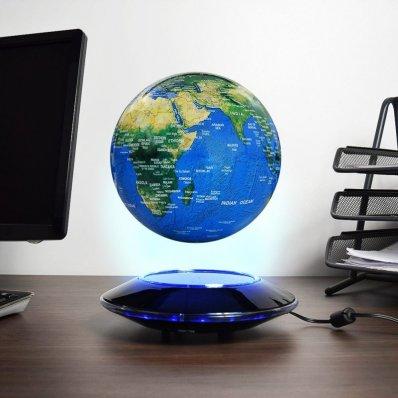 Lewitujący Globus ze spodkiem