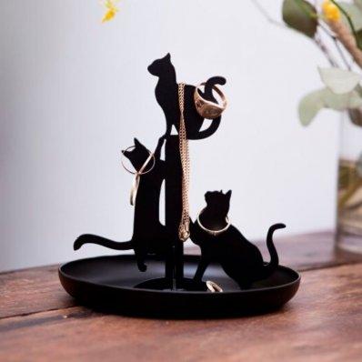 Koci stojak na błyskotki
