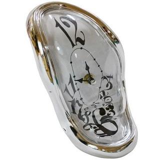 Stojący zegar Dalego