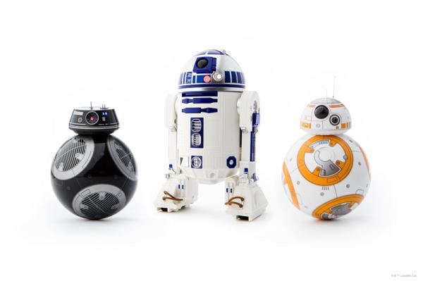 R2-D2 z resztą rodziną z serii Sphero Star Wars